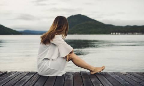 Τα συμπτώματα της κατάθλιψης στο σώμα, στην ψυχολογία και στην κοινωνική ζωή