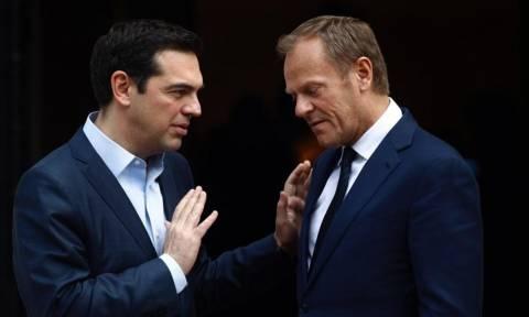 Στις Βρυξέλλες ο Τσίπρας: «Δεν θα μασήσω τα λόγια μου απέναντι στον Τουσκ»