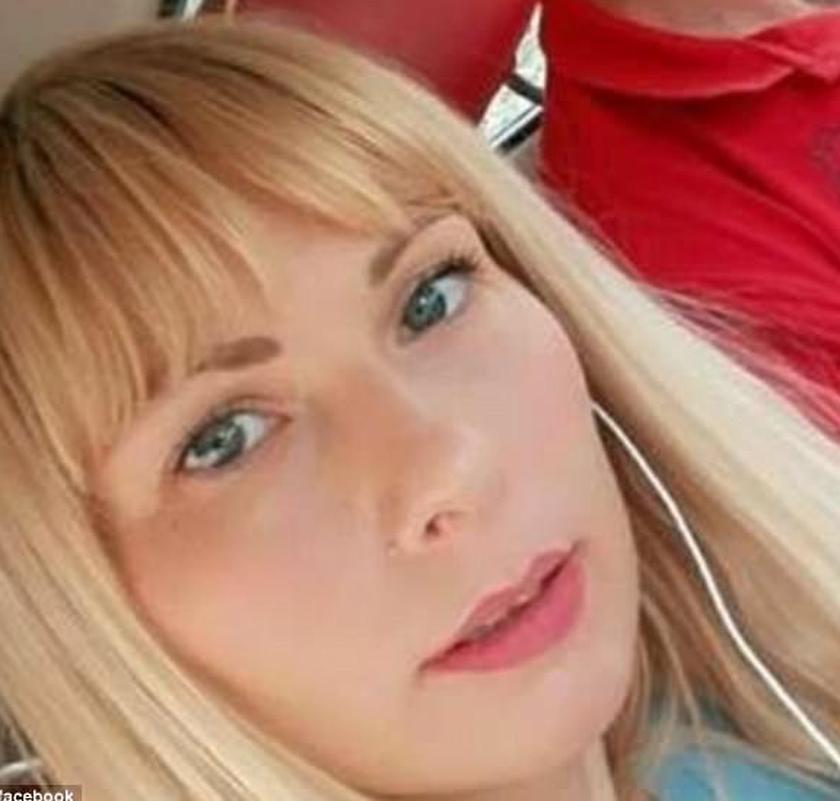 Σύζυγος πασίγνωστου αθλητή έπνιξε και μαχαίρωσε μέχρι θανάτου τα παιδιά της