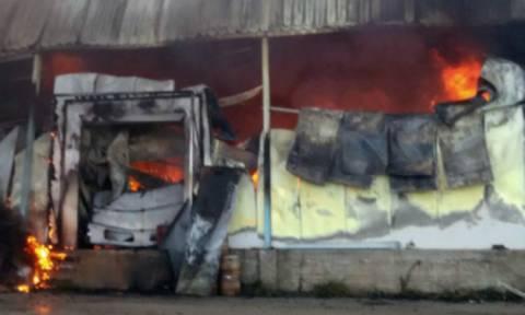 Επί ποδός η Πυροσβεστική: Έκρηξη φιαλών προπανίου σε τυροκομείο στο Άργος (pics)