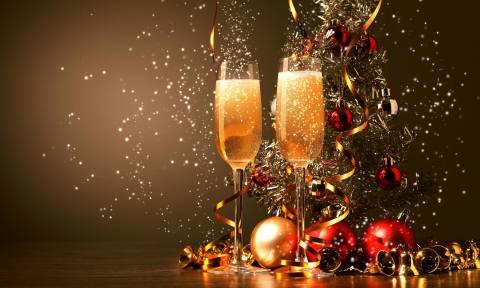 Σε πόσες γλώσσες μπορείτε να ευχηθείτε «Καλή χρονιά»; (vid)