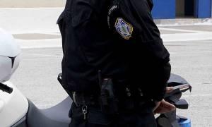 Με το «Αστυνομικό Σταυρό» τιμήθηκε ο αστυφύλακας που έσωσε τρία άτομα από φλεγόμενο διαμέρισμα
