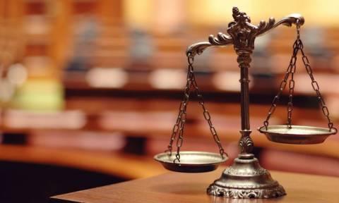 Εισαγγελείς κατά κυβέρνησης: Η κριτική σε δικαστικές αποφάσεις καταδεικνύει μία δημοκρατία που νοσεί