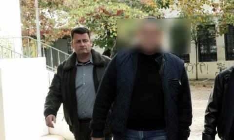 Άγιοι Ανάργυροι: Αυτός είναι ο αστυνομικός που σκότωσε σύζυγο, κόρη και πεθερά για ένα σπίτι
