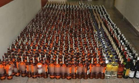 Αλλοδαπός είχε μετατρέψει σε κάβα το φορτηγό του - Βρέθηκαν 1.240 φιάλες λαθραίων ποτών