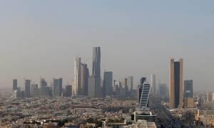 Αντάρτες Χούτι εκτόξευσαν βαλλιστικό πύραυλο εναντίον της Σαουδικής Αραβίας (vid)
