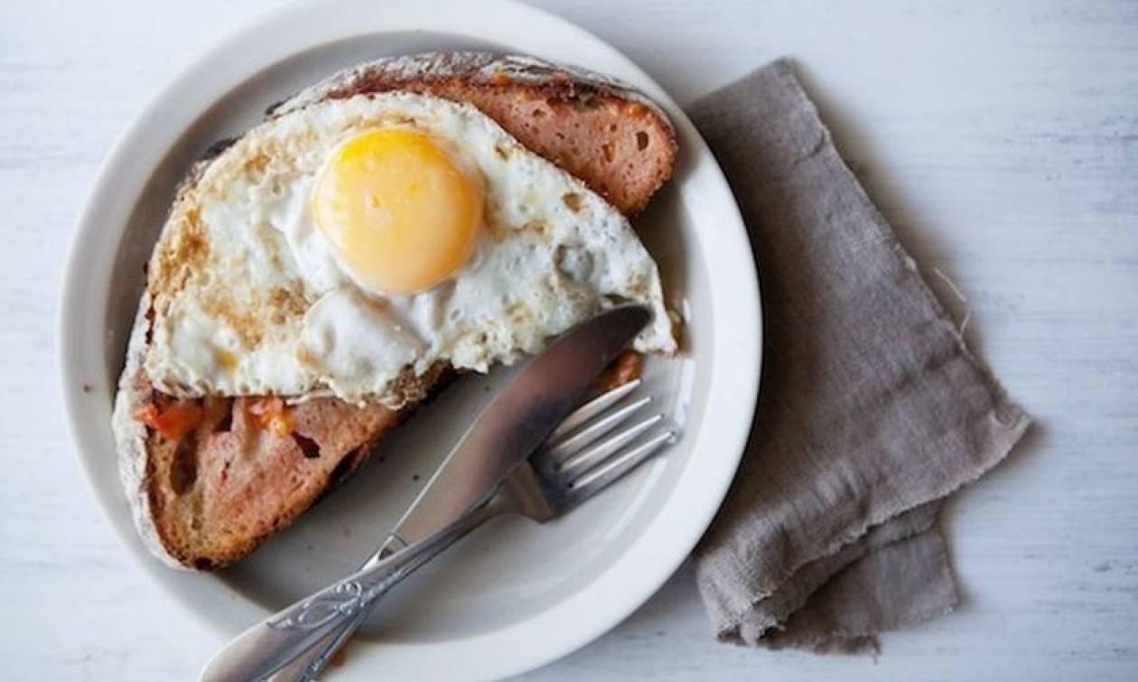 Τα 5 μυστικά για τα τέλεια τηγανητά αβγά