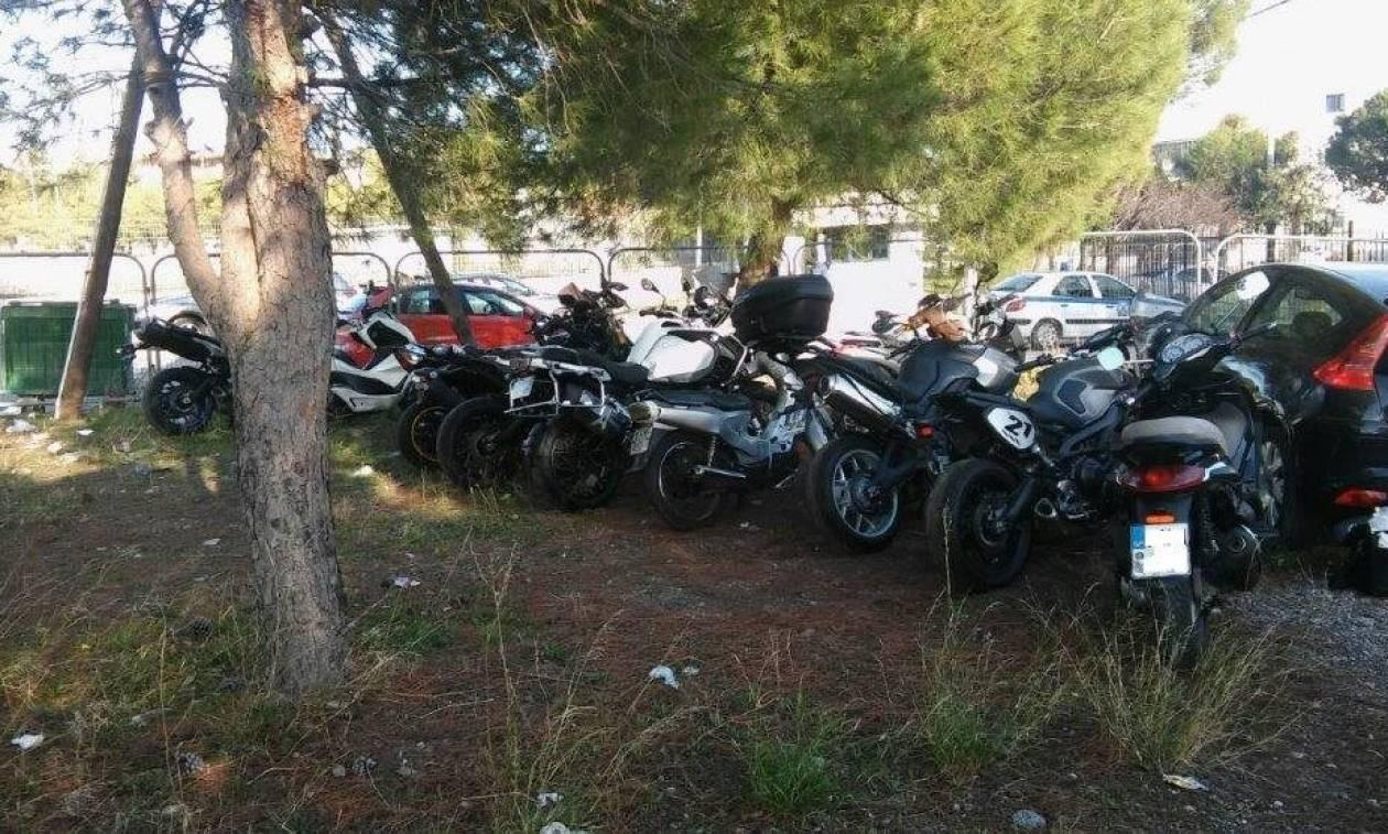 Δείτε πώς δρούσε η σπείρα που έκλεβε πολυτελείς μοτοσικλέτες στην Αττική