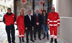 Ανθρωπιστική βοήθεια στο Δήμο Μεγαρέων από τον Ελληνικό Ερυθρό Σταυρό (pics)