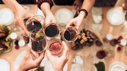 Ιδέες και χρήσιμες συμβουλές για να κάνεις το τέλειο γιορτινό τραπέζι!