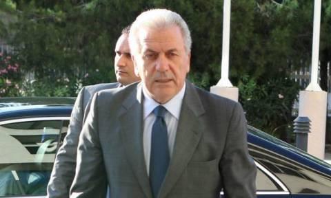 """Αβραμόπουλος: Η αλληλεγγύη δεν μπορεί ποτέ να είναι """"à la carte"""""""