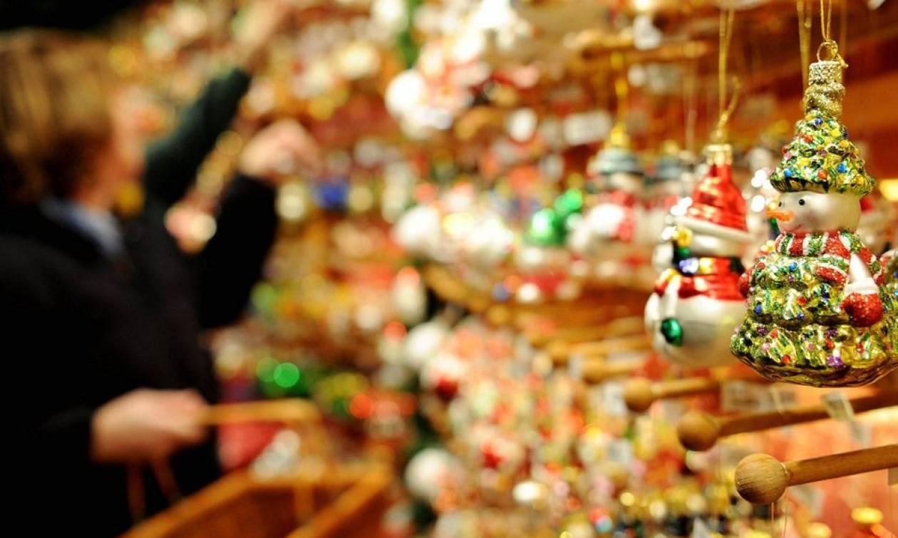 Ανοιχτά τα μαγαζιά την παραμονή των Χριστουγέννων - Αυτό είναι το ωράριο λειτουργίας