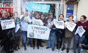 Ισπανία: Εργαζόμενοι σε οίκο ευγηρίας κέρδισαν 10 εκατ. ευρώ στο χριστουγεννιάτικο λαχείο