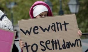 Προσφυγικό: Το Βερολίνο δεν τηρεί τις δεσμεύσεις του απέναντι στην Αθήνα