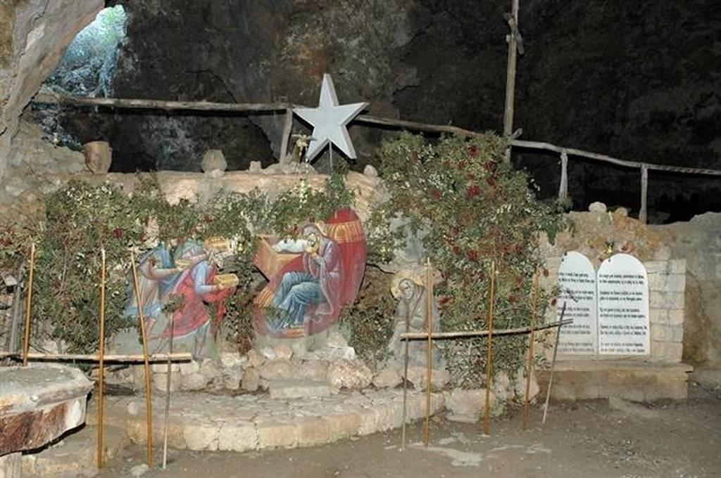 Ζωντανή αναπαράσταση της γέννησης του Ιησού στην Κρήτη (pics)
