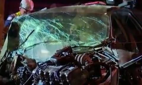 Το θαύμα των Χριστουγέννων: Οδηγός βγήκε ζωντανός έπειτα από σοκαριστικό τροχαίο (vid)