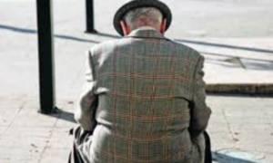 Δεκατριάχρονος άρπαξε 1.500 ευρώ από ηλικιωμένο