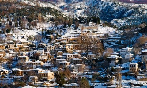 «Χτενίζουν» τα χειμερινά τουριστικά θέρετρα οι εφοριακοί