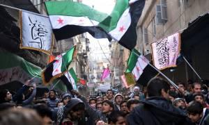 Συρία: Αντάρτες καταδικάζουν τις συνομιλίες που οργανώνει η Ρωσία στο Σότσι