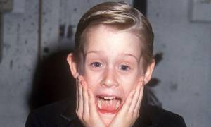 O Macaulay Culkin «αναγεννήθηκε» από τις στάχτες του και δεν είναι πια μόνος!(pics)