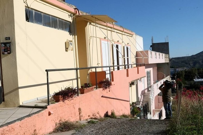 Φρικτό έγκλημα στην Κρήτη: Έπνιξε τον πατέρα του με τα ίδια του τα χέρια