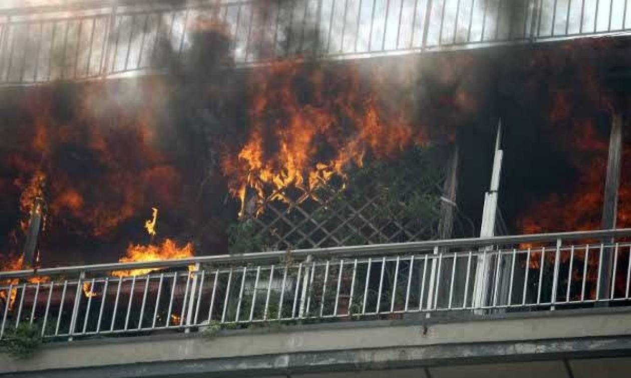 Ασύλληπτη τραγωδία στην Πρέβεζα – Βρήκαν νεκρό τον πατέρα τους μέσα σε φλεγόμενο σπίτι