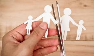 Έρχονται τα διαζύγια-εξπρές μέσω συμβολαιογράφων