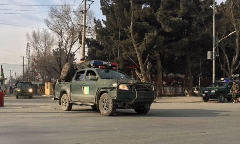 Λουτρό αίματος στο Αφγανιστάν: Τουλάχιστον 40 νεκροί από επίθεση αυτοκτονίας (vid)