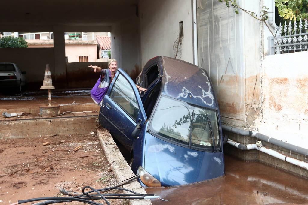 Πόρισμα - «καταπέλτης» για τις φονικές πλημμύρες στη Μάνδρα (pics)