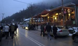 «Βούλιαξαν» τα χειμερινά θέρετρα της Ελλάδας τα Χριστούγεννα