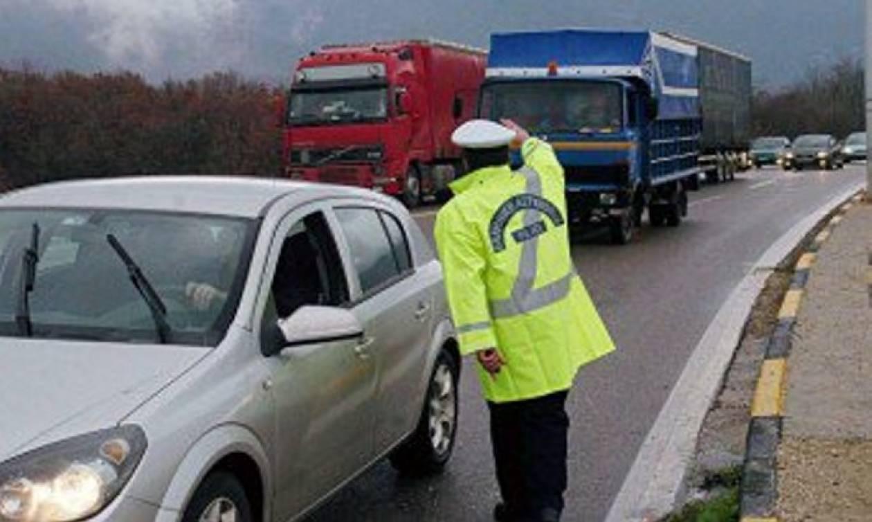 Έκτακτα μέτρα της Τροχαίας για την Πρωτοχρονιά – Πού θα ισχύσουν απαγορεύσεις κυκλοφορίας