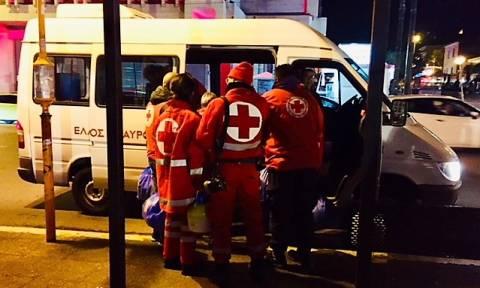 Ελληνικός Ερυθρός Σταυρός: Στήριγμα για τους άστεγους στο κέντρο της Αθήνας (pics)