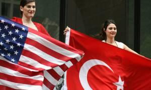 «Τα βρήκαν» Τουρκία και ΗΠΑ: Ξαναρχίζει η έκδοση βίζας σε Τούρκους υπηκόους