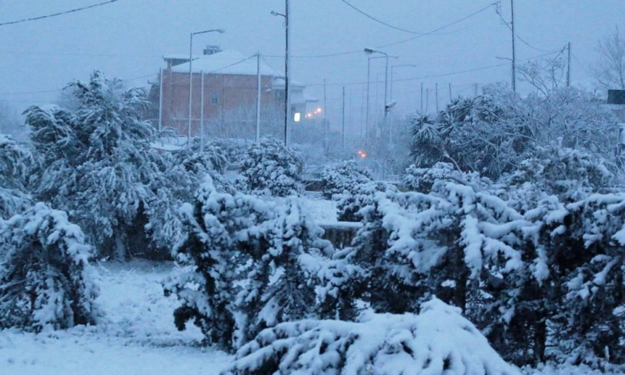 Καιρός: Πάνω από τη χώρα η «Ηλέκτρα» - Ισχυρές καταιγίδες και χιόνια