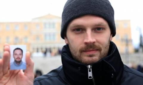 «Σούπερ μάρκετ διαβατηρίων η Αθήνα - Δημοσιογράφος μας αγόρασε ένα»
