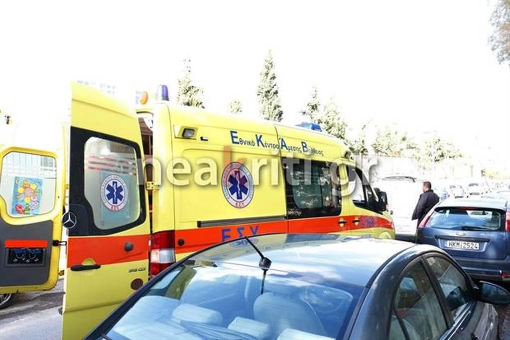 Συναγερμός στο ΕΚΑΒ - σε κωματώδη κατάσταση εντοπίστηκε νεαρός