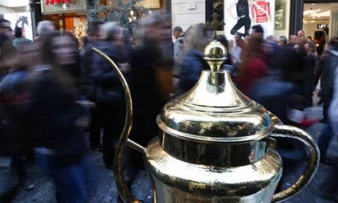Εορταστικό ωράριο: Τελευταία ευκαιρία για αγορές - Τι ώρα ανοίγουν και κλείνουν τα καταστήματα