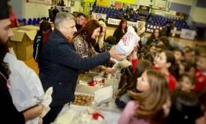 Πρωτοχρονιάτικη γιορτή για τα παιδιά της Μάνδρας από τον Ιατρικό Σύλλογο Αθηνών (pics)