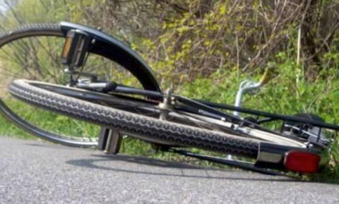 Τροχαίο έξω από τη Λάρισα: Αυτοκίνητο παρέσυρε ποδηλάτες – Τρεις τραυματίες