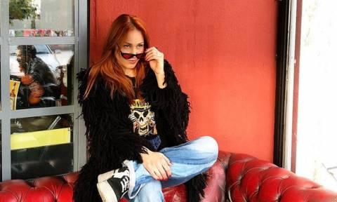 Η Πηνελόπη Αναστασοπούλου αποχαιρετά τον θηλασμό με αυτές τις τρυφερές φωτογραφίες και ζητά συγγνώμη