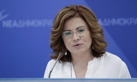 Σπυράκη για Σκόπια: Συνέχιση του διαλόγου μόνο με ενιαία πρόταση της κυβέρνησης