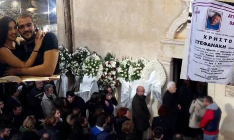 Κρήτη - Θρήνος στην κηδεία του Χρήστου που σκοτώθηκε στο πολύνεκρο τροχαίο (pics)