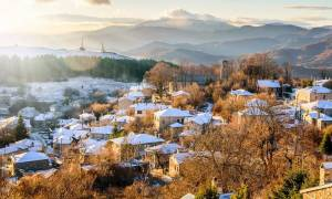 Καιρός: Ο χιονιάς «σκέπασε» τη χώρα – Απίστευτες φωτογραφίες από τη χιονισμένη Ελλάδα