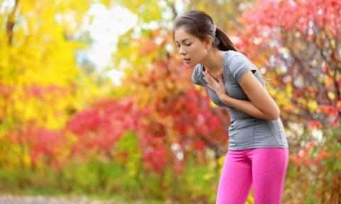 Πόνος στο στήθος κατά τη βαθιά εισπνοή – Πού μπορεί να οφείλεται