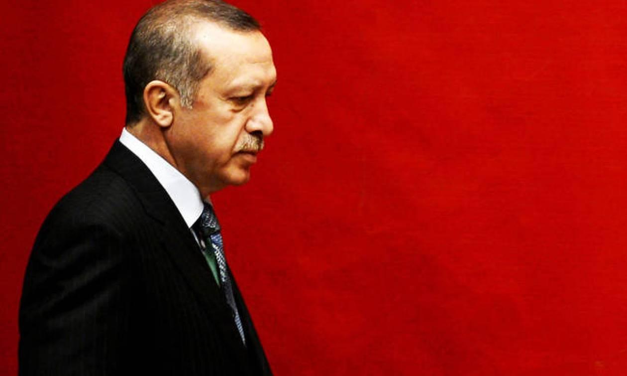 Ερντογάν σε Μακρόν: Κουραστήκαμε να εκλιπαρούμε για την ένταξη μας στην Ευρωπαϊκή Ένωση (Vid)
