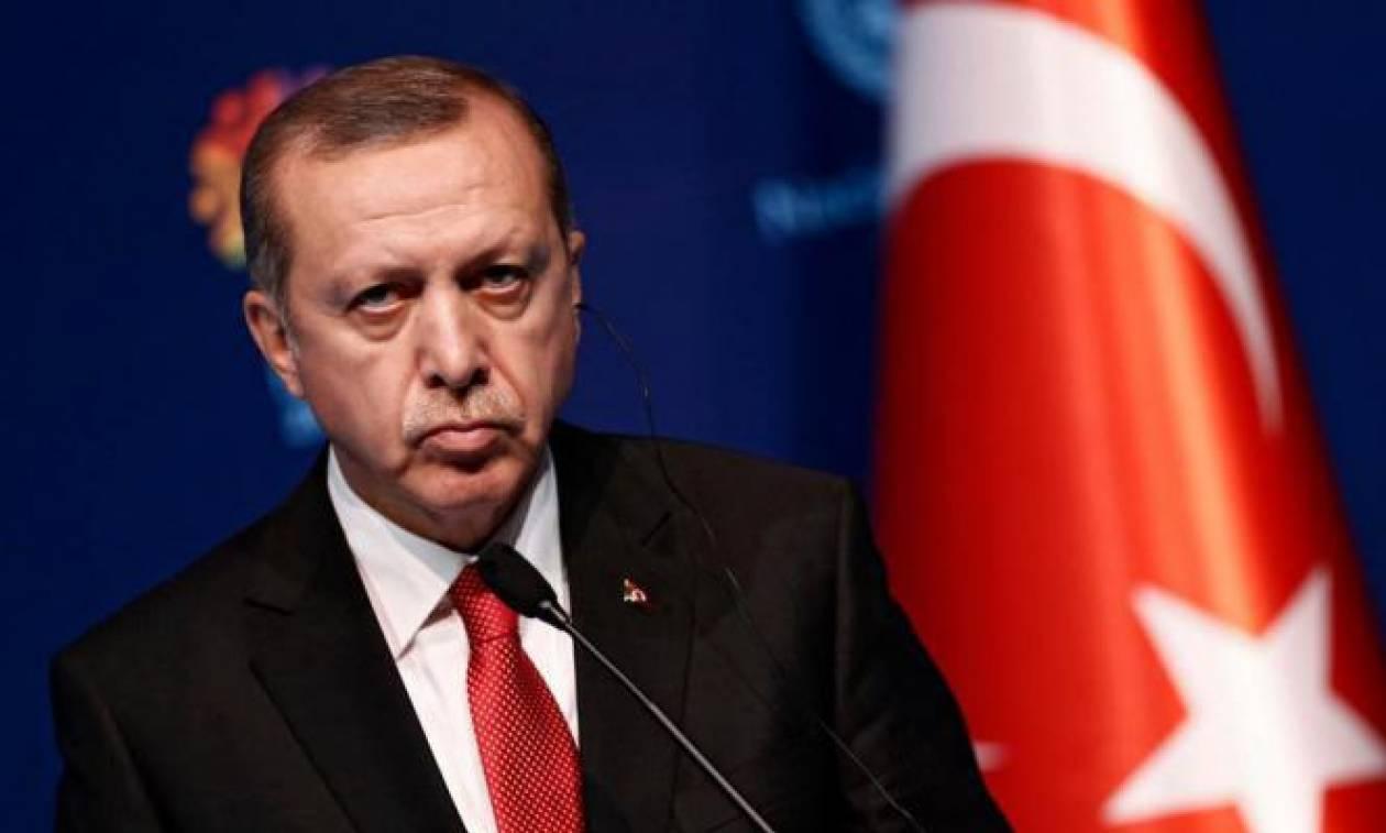 «Ξέφυγε» ο Ερντογάν: Κατηγορεί τις ΗΠΑ για συνομωσία κατά της Τουρκίας