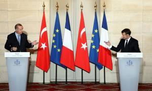 Όλα όσα συνέβησαν στην επεισοδιακή συνάντηση Ερντογάν - Μακρόν στο Παρίσι (Pics+Vids)