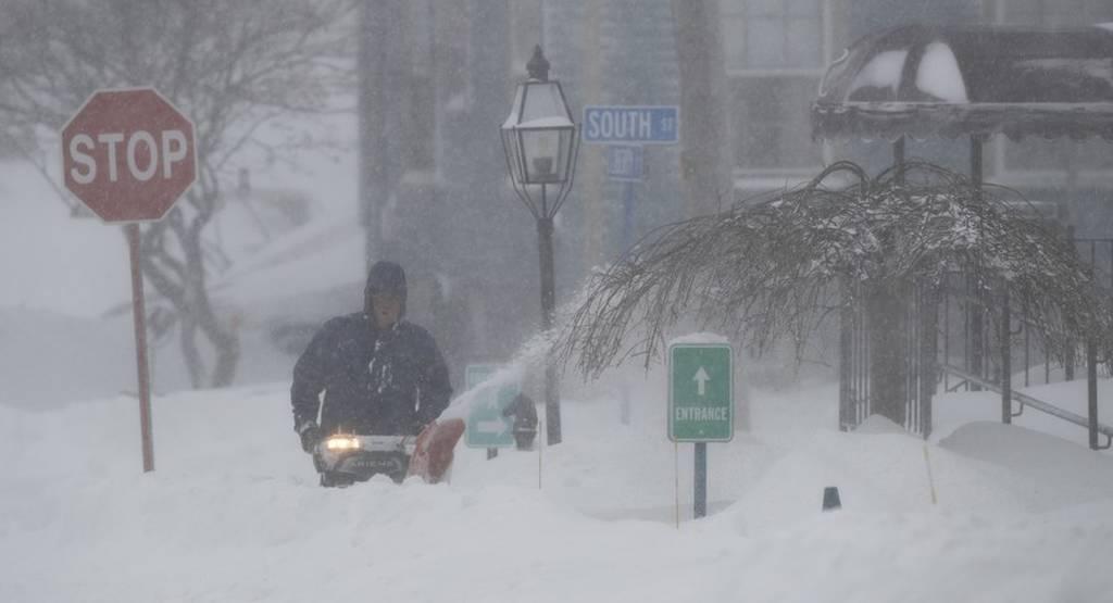 «Παρέλυσαν» οι ΗΠΑ από το δριμύ ψύχος: Στους -50 η αίσθηση της θερμοκρασίας στο ανθρώπινο σώμα
