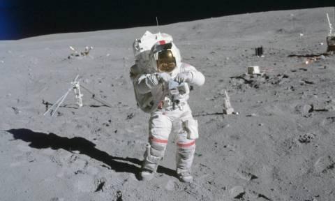 Πέθανε ο Τζον Γιανγκ, ο αστροναύτης-θρύλος που περπάτησε στη Σελήνη (Pics+Vids)