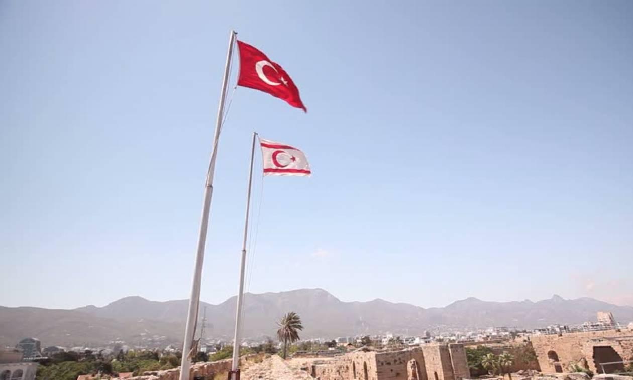Guardian: Οι Τουρκοκύπριοι φοβούνται τον σφιχτό εναγκαλισμό της Άγκυρας